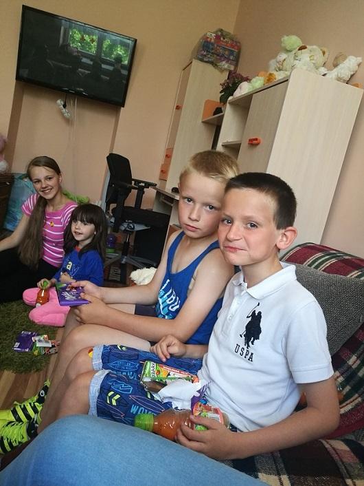 Zespół Szkół w Chorzelowie Wizyta w Domu Dziecka w Skopaniu