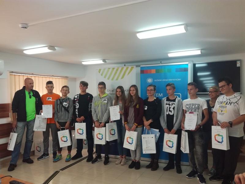 Zespół Szkół w Chorzelowie Gra miejska 'Śladami BoGUSława' - III edycja finał