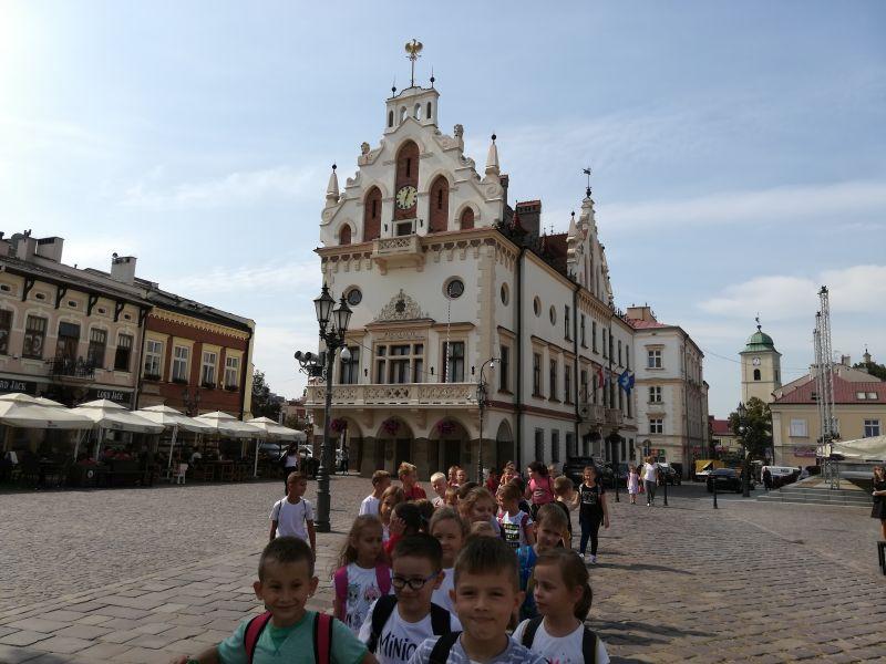 Zespół Szkół w Chorzelowie Bezpieczna gra w Teatrze 'Maska' w Rzeszowie