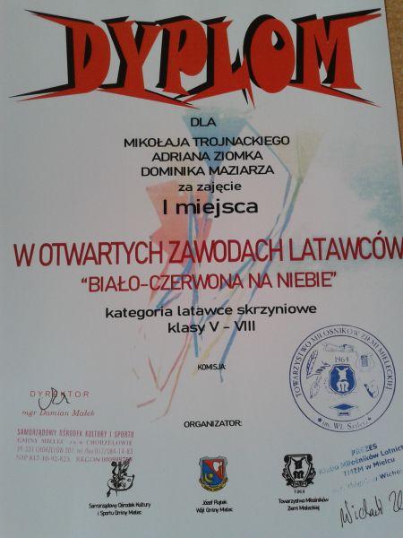 """Zespół Szkół w Chorzelowie Laureaci Otwartych Zawodów Latawców """"Biało-czerwona na niebie"""""""