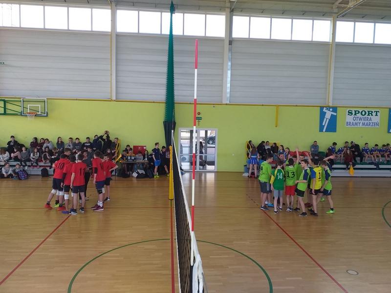 Zespół Szkół w Chorzelowie Piłka siatkowa w najlepszym wydaniu