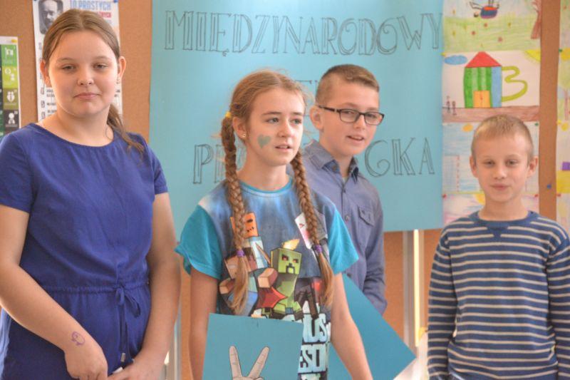 Zespół Szkół w Chorzelowie Uczniowie z Zespołu Szkół Chorzelowie świętowali Międzynarodowy Dzień Praw Dziecka