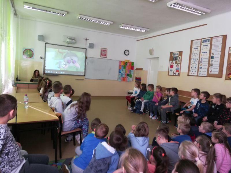 Zespół Szkół w Chorzelowie 'By czytanie stało się codziennością'