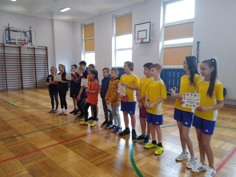 Zespół Szkół w Chorzelowie Tenisiści stołowi z Chorzelowa w sportowej formie