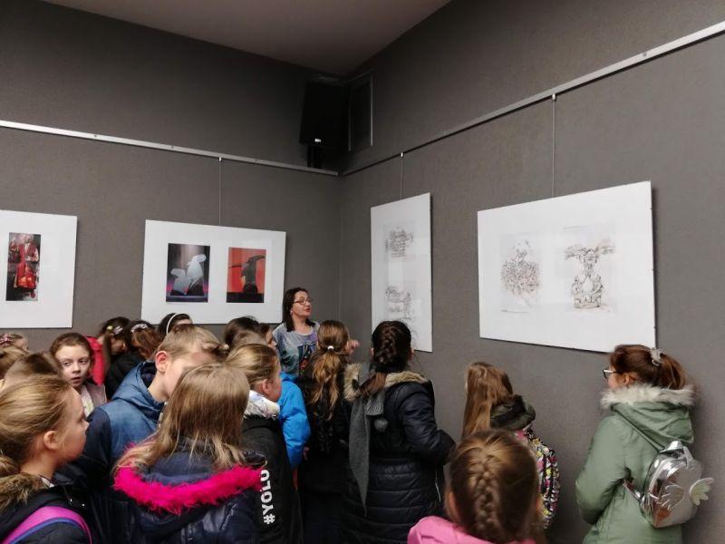 Zespół Szkół w Chorzelowie Spotkanie ze sztuką klas 0 - III