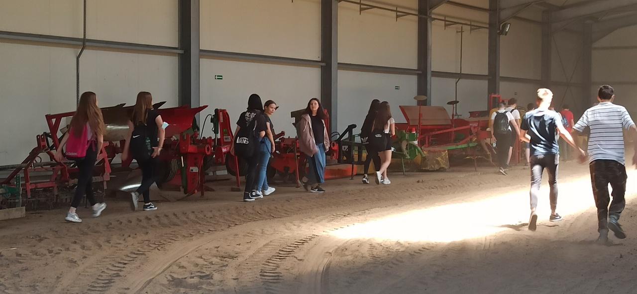 Zespół Szkół w Chorzelowie Wizyta w Zespole Szkół Centrum Kształcenia Rolniczego w Rzemieniu